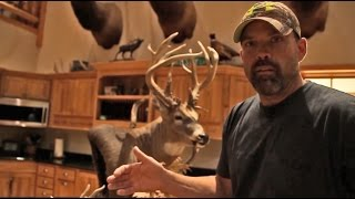 """Lee and Tiffany Lakosky Deer Hunting and Management: """"Feed the Beast"""" - The Management Advantage #90"""