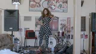Xani Kolac from The Twoks (Live at Kyneton Music Festival)
