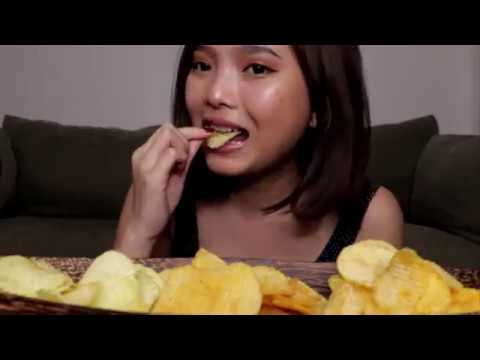 SATISFYING ASMR CRUNCHY POTATO CHIPS AND FRESH CRUNCHY CUCUMBER COMPILATION
