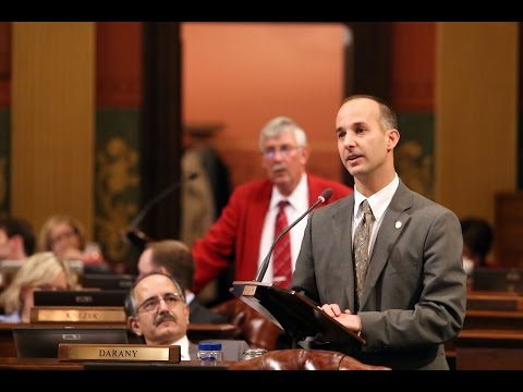 Rep. Andy Schor Supports Local Cooperation for Transportation Network Companies