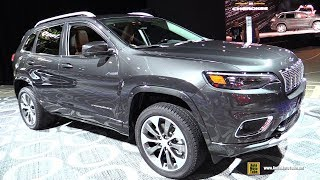 2019 Jeep Cherokee Overland  Exterior and Interior Walkaround  2018 Detroit Auto Show