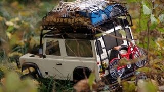 TAMIYA CR-01 Running in the forest! Land Rover Defender 90