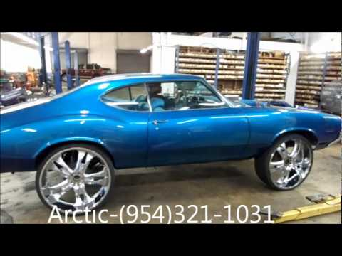 "AceWhips.NET- Arctic Customs- Candy Teal Oldsmobile Cutlass Goin on 28"" DUB Floaters"