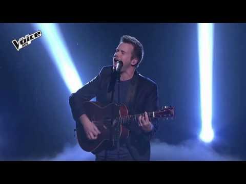 The Voice 2015 - Joe Moore Sings Everybody Hurts 1