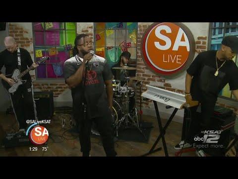Xavier Omar performs on SA Live
