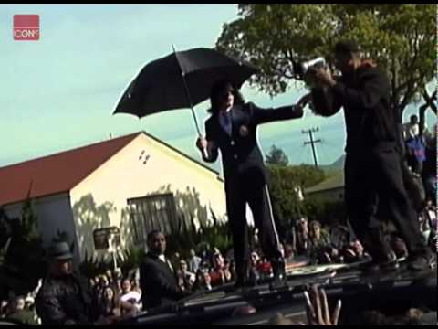 Michael Jackson dancing on a car at his court appearance