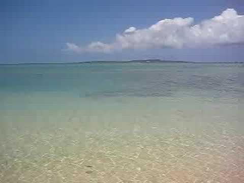 宮古島の穴場ビーチ。長崎ふれあい遊歩道の海。
