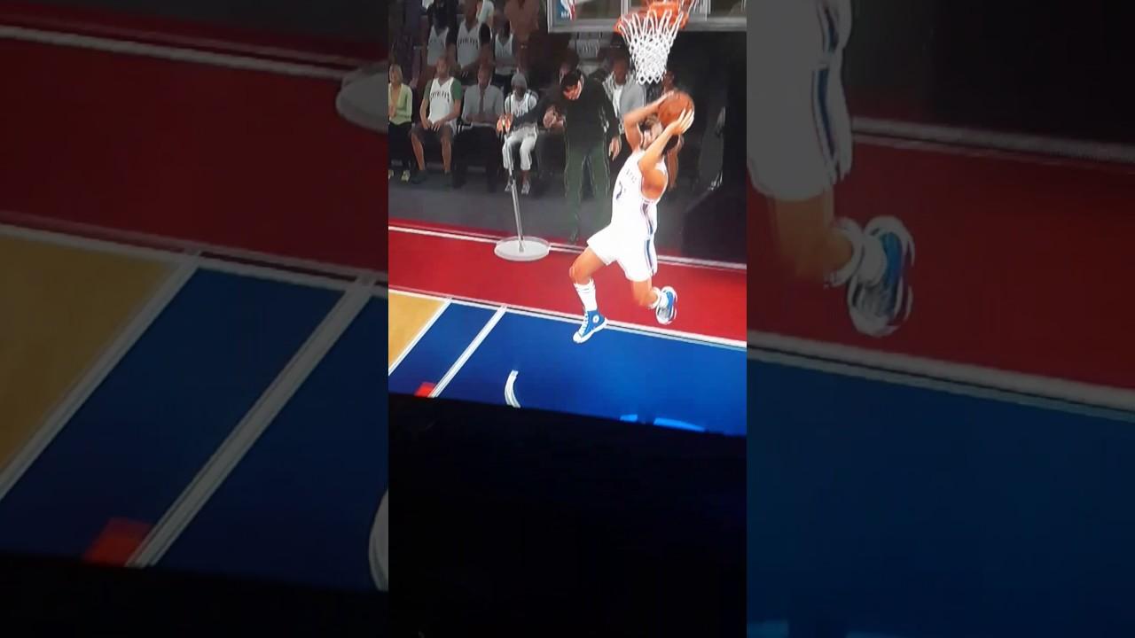 World B Free did a 360 dunk