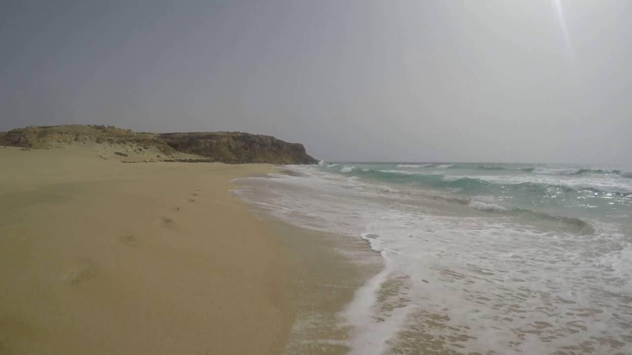 Девушки на пляже - YouTube