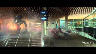 "ROBOCOP Official ""Private Property"" Movie Clip (2014) HD"