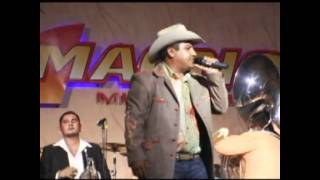 Watch Julion Alvarez Ayer La Vi Por La Calle video
