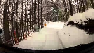 酷道として知られる国道477号線を、雪の中大原から百井へ。さらに府道38...