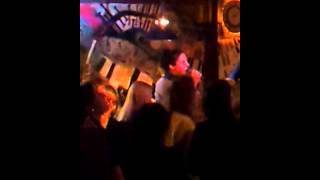 Sweet as May - Sweet Dreams - Karaoke