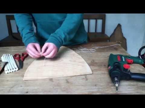 Basteln Anleitung: Ritterschild aus Holz selber machen – einen Ritterschild selber basteln