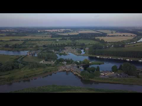 Norfolk - Downham Market Denver Sluice & Jenyns Arms Great Ouse (2017) DJI Mavic 4k 30 FPS Part 1
