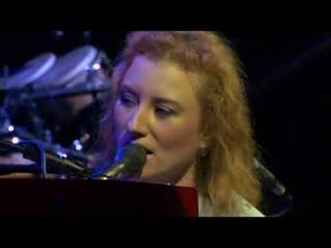 Tori Amos - Crucify (Live)