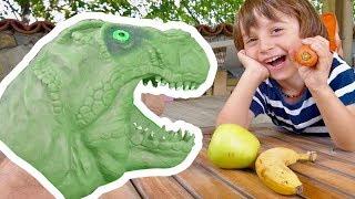 Ali and Dinosaur Fun Games - Fun Children Videos