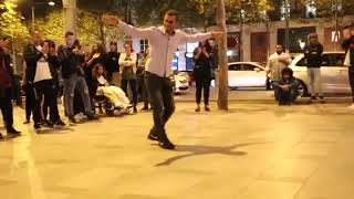 أكثر واحد جاب الرقصة نيشان على أغنية بيلو👍 cheb bello في باريس