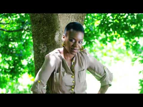 Jackie Queens & Enoo Napa - Sphiwe