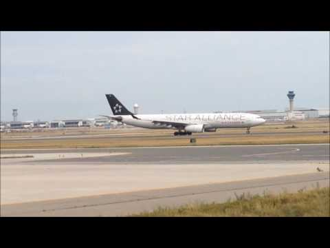 Plane Spotting at Toronto Airport YYZ August 15, 2016