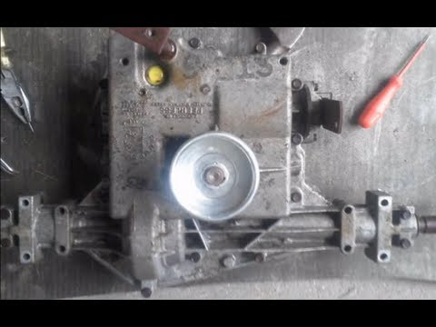 Pulley Swap Murray Lawn Tractor Youtube
