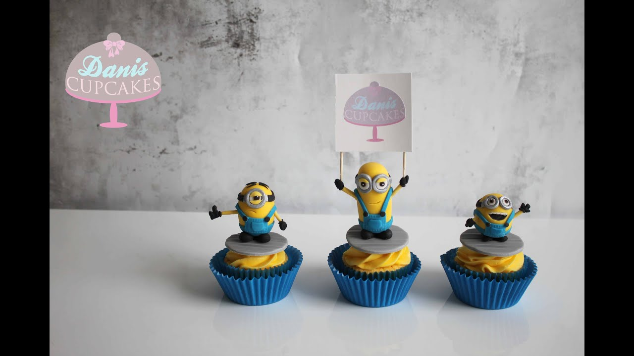 Cupcake Cake Minion