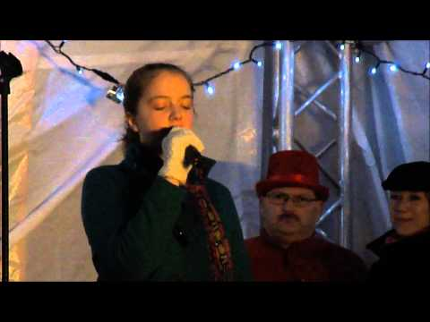 My sister, Laura Smith singing 'Your Song' (Ellie Goulding version) Live in Finedon, 21/12/2013