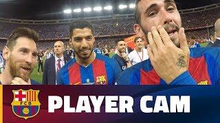 فيديو| فيدال مذيعا رفقة ميسي وسواريز في احتفالات برشلونة