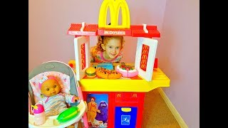 McDonald's Kitchen Toy Pretend Play Kids Pretend Play with Food Cut Fruit and Vegetables