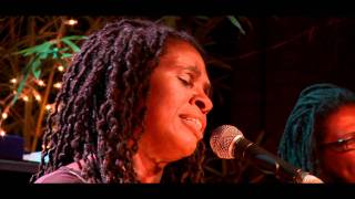 Phenomenal Woman Ruthie Foster Live At Antone's