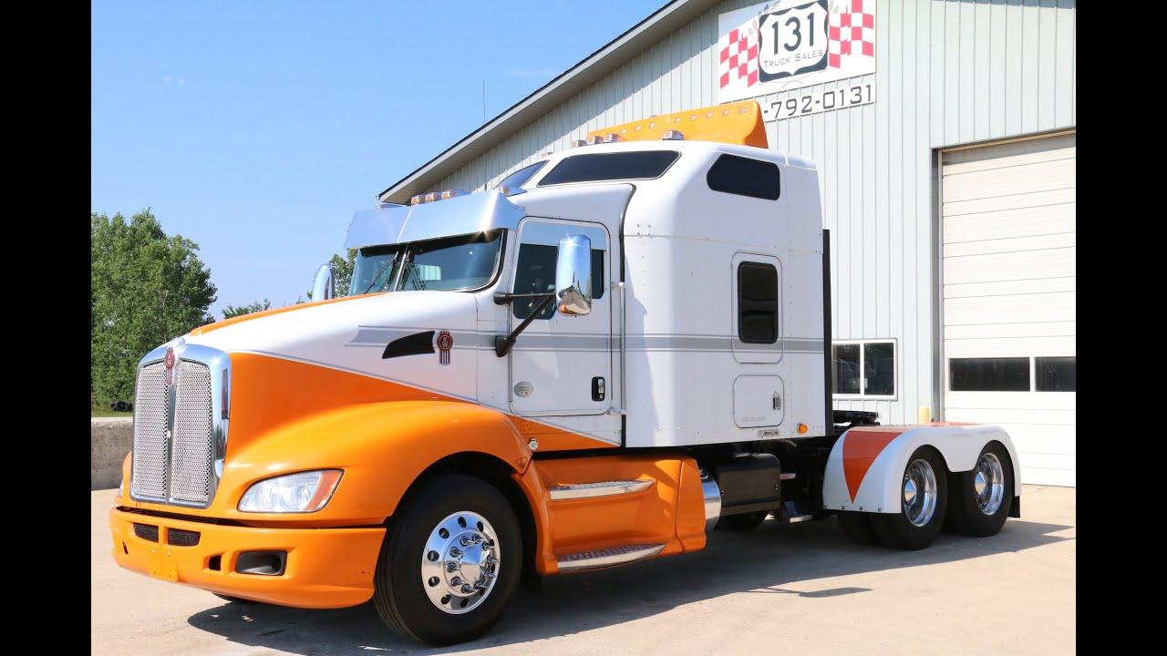 "2010 Kenworth T660 72"" AeroCab With Sofa | 131 Truck Sales ..."