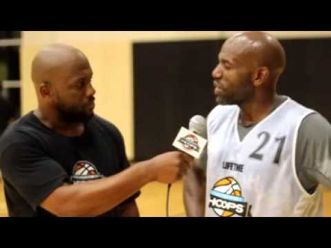 Reggie Dye Interviews Former NBA Player Tony Delk After his UH Experience