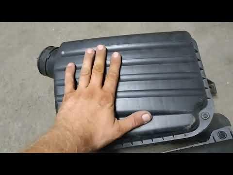 Замена корпуса воздушного фильтра