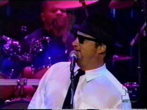 The Blues Brothers - She caught the katy