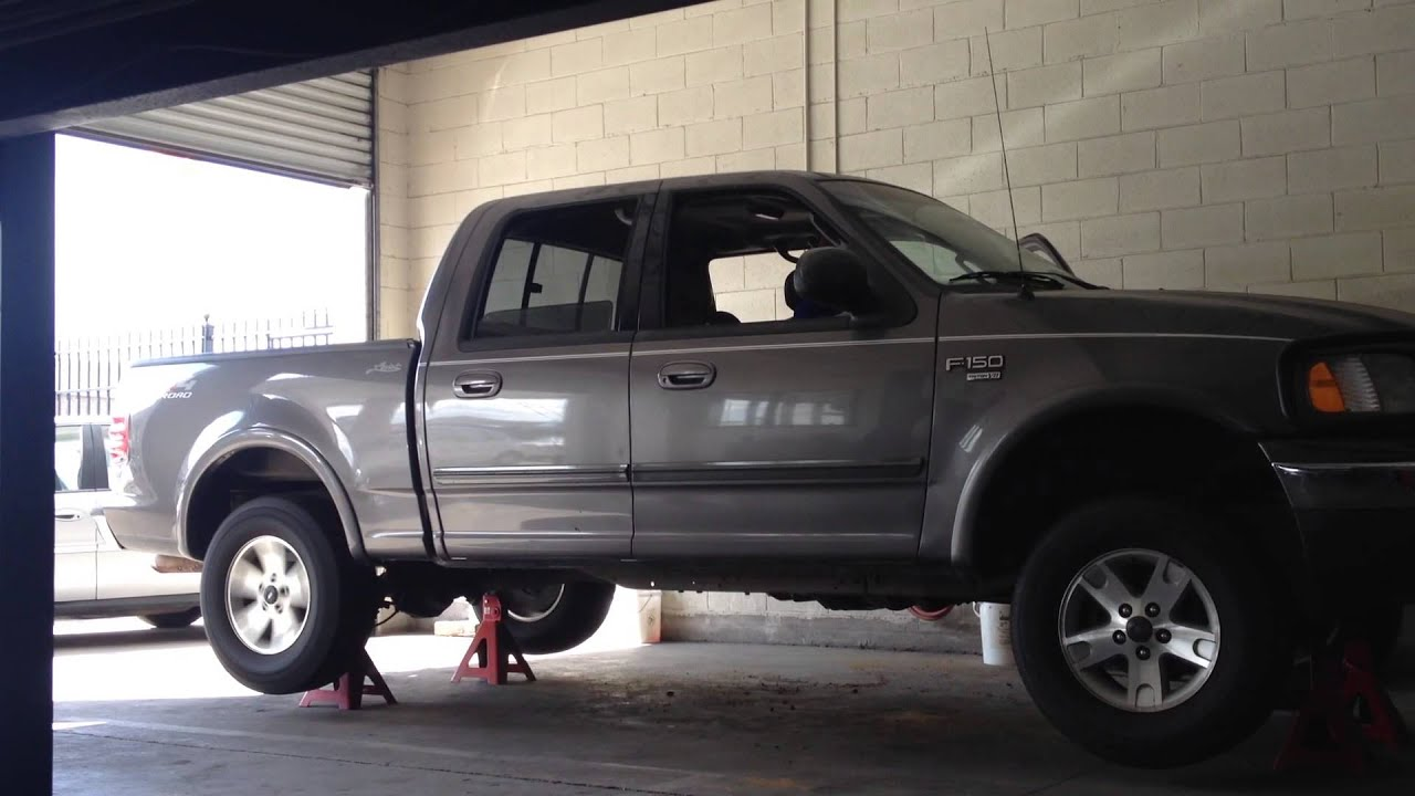FOR SALE 2002 FORD F150 FX4 LARIAT CREW CAB 4X4