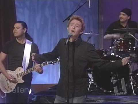 Clay Aiken Sings Invisible on Ellen
