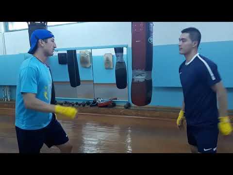 Тренировка «Алтай Торпедо» в зале бокса