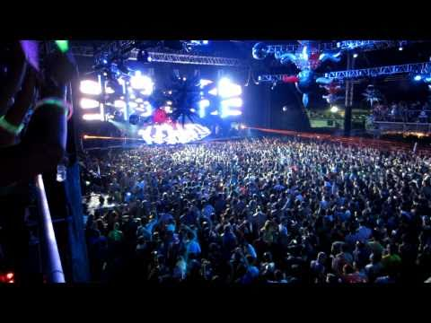[HD] Carl Cox - Ultra Music Festival 2011