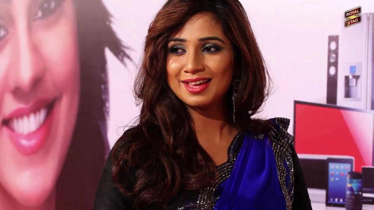 Shreya Ghoshal Singing A Different Tune With Jogi C At The