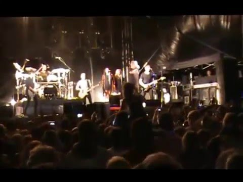 Jimmy Barnes live 2016 Sounds by the River