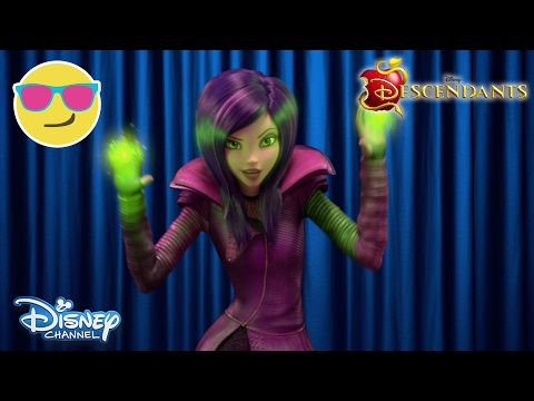 Descendants: Wicked World | Talking Heads | Official Disney Channel UK