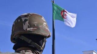 الجيش يكشف عن تسليم ارهابي لنفسه للسلطات الأمنية بتمنراست