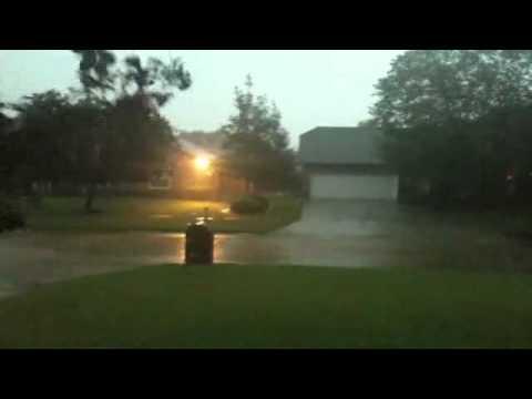 Raw Video: Hard Rain In Belle Chasse