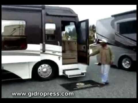 Дома на колёсах из автобуса своими руками