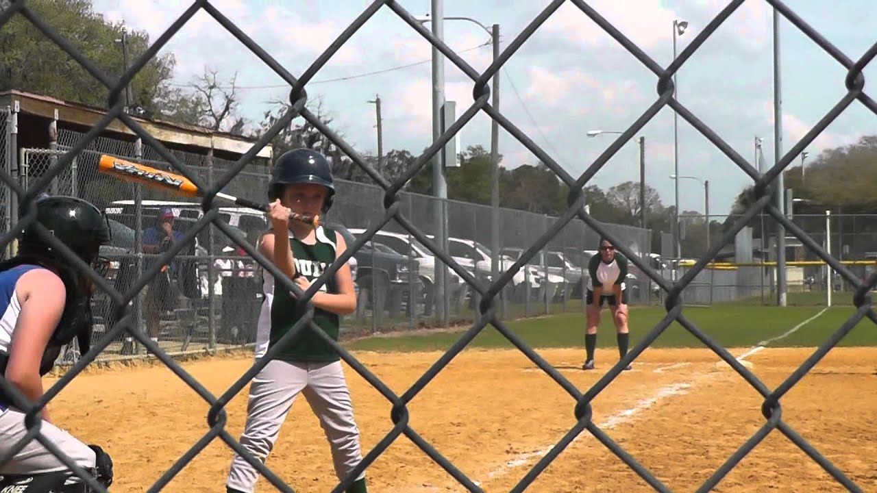 9 yr old softball prodigy - YouTube