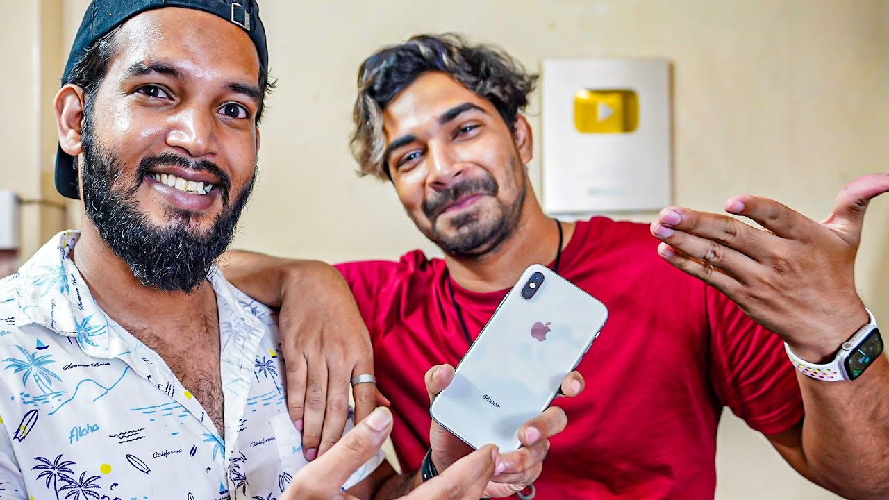GIFTING iPHONE TO SHAFIQUE ❤️
