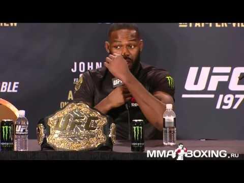 Джон Джонс на пресс-конференции после UFC 197