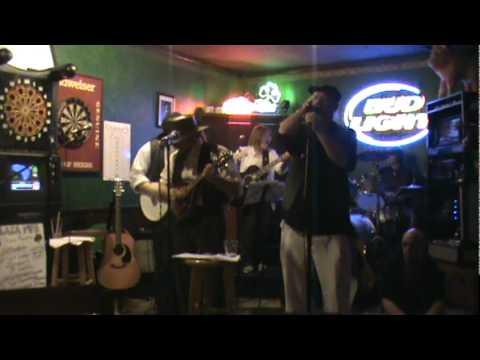 Irish Blind Roddy McCorley plaza pub.mpg