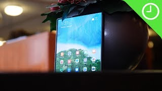 Huawei Mate X hands-on: Pure elegance