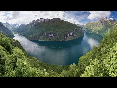 Cruise in Norway with visit Arctic Circle by Adriana III cruise ship!!!